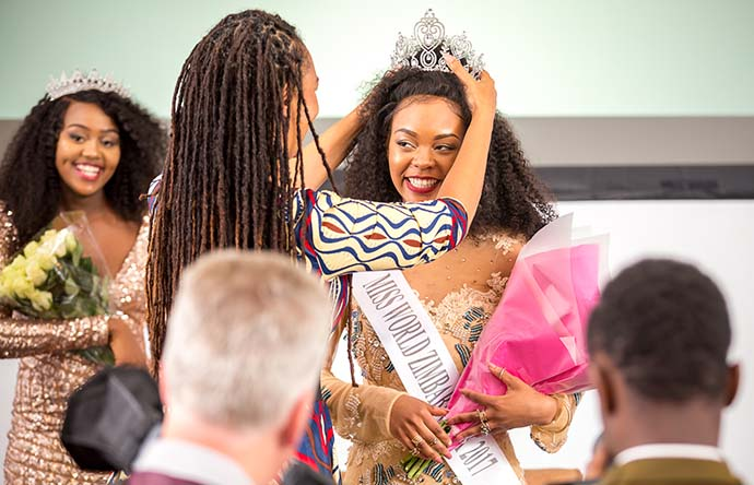 Crowned by former Miss Zimbabwe, Karen Stally, Kawadza called it an honour and a great opportunity to represent the Miss World Zimbabwe brand for the UK.