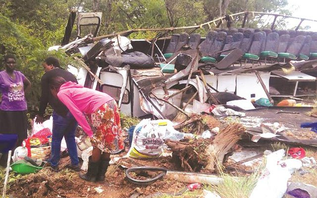 One person died, while 62 others were seriously injured when a Yutong bus they were travelling in side-swiped with a Nissan Primera along Harare-Bulawayo Highway on Saturday. Fire Brigade cut the bus to rescue passengers.