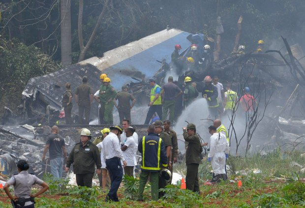 More than 100 people are believed dead Friday after a Cubana de Aviacion Boeing 737-200 crashed on takeoff from Havana's Jose Marti International Airport, according to Cuba's state-run media.