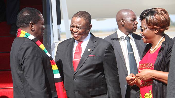 Infighting between Mnangagwa and Chiwenga factions ...