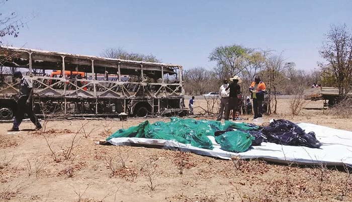 Around 11pm a Musina bound Brooklyn Express Bus caught fire at the 182km peg along the Bulawayo- Beitbridge Road near West Nicholson area in Gwanda following a suspected gas cylinder explosion.
