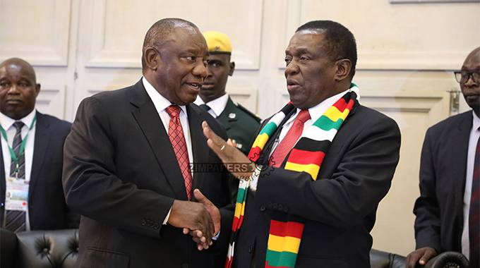 President Mnangagwa chats with his South African counterpart Cyril Ramaphosa