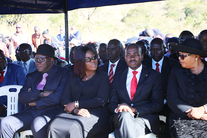 Opposition leader Nelson Chamisa seen here with Thokozani Khupe (right) at the funeral of Vimbai Tsvangirai Java