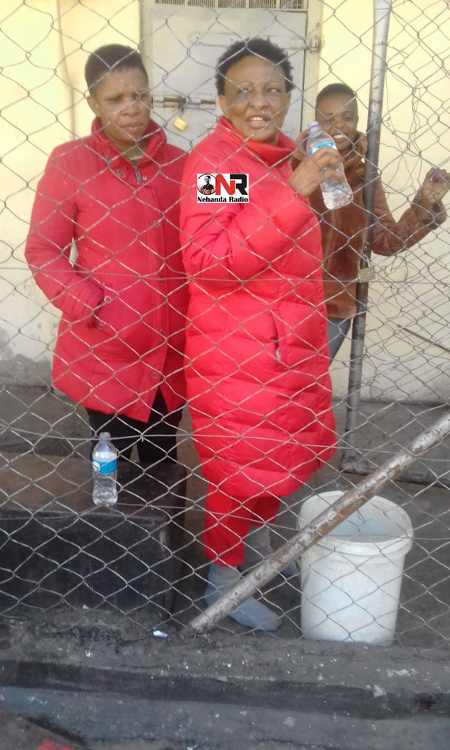A picture of opposition Movement for Democratic Change (MDC) National Chairperson Thabitha Khumalo and the party's Bulawayo Provincial Women's Chairperson Luba Masotsha detained inside Bulawayo Central Police Station has emerged.